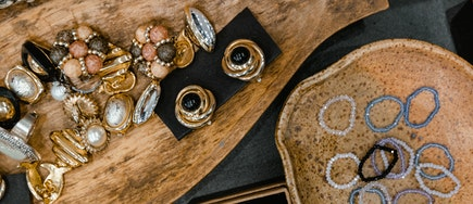 Understanding the purchase pattern, competition, and need gaps in the Jewelry market